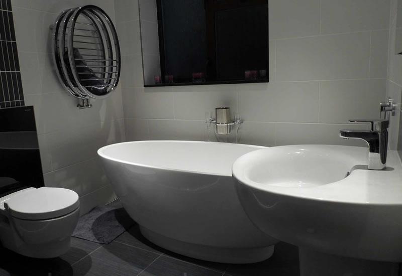 bathroom bath toilet taps basin