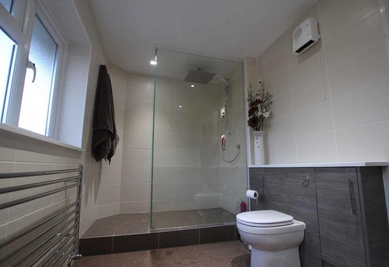 bascs bathroom shower ensuite